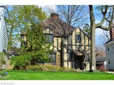 3305 Grenway Rd, Shaker Heights, OH 44122