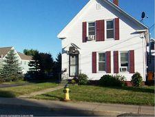16 Oak St, Sanford, ME 04083