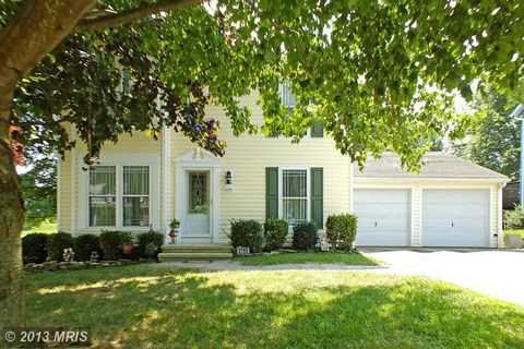 4299 North Woods Trl, Hampstead, MD 21074