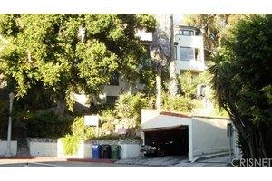2174 Beachwood Ter, Los Angeles, CA 90068