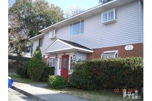 4542 Kimberly Way, Wilmington, NC 28403