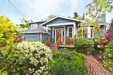 11748 Fremont Ave N, Seattle, WA 98133
