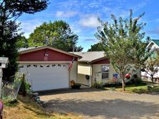 34650 Parkway Dr, Cloverdale, OR 97112