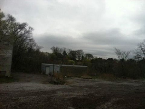 1047 Perry Hwy, Ross Township, PA 15237