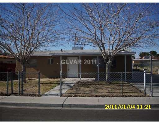 2033 Daley St, North Las Vegas, NV 89030 Main Gallery Photo#1