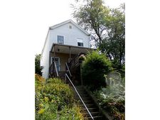 651 Chess St, Mt Washington, PA 15211