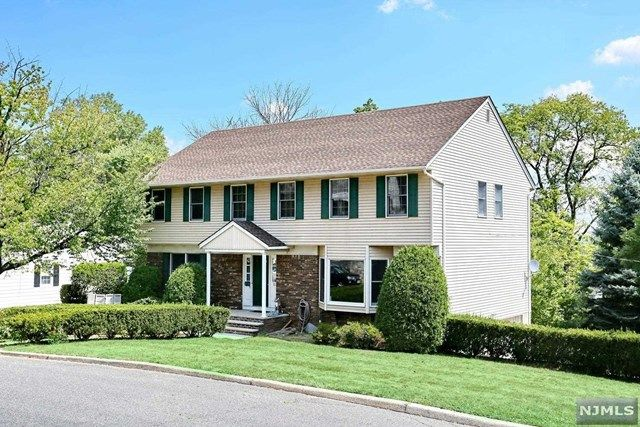 70 Elliot Ct Oradell Nj 07649 Home For Sale And Real