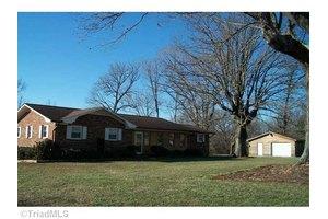 860 Greenhill Rd, Mocksville, NC 27028