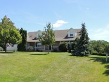 11441 95th Ave, Blue Grass, IA 52726