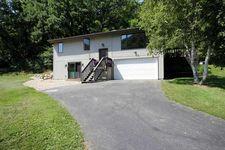 4045 Garfoot Rd, Cross Plains, WI 53528