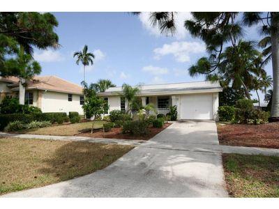 852 Wintergreen Ct, Marco Island, FL