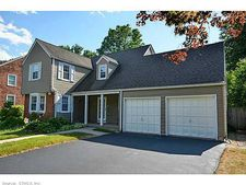 31 Webster Hill Blvd, West Hartford, CT 06107
