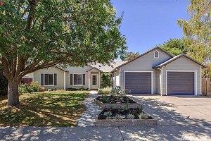 257 Rainier Pl, Woodland, CA 95695