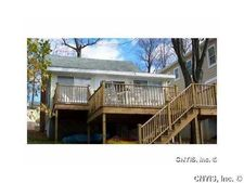 353 Cottonwood Ln, Owasco, NY 13021
