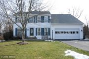 21052 Willowbrook Dr, Ashburn, VA 20147