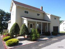 285 Chestnut St, Hooversville, PA 15936