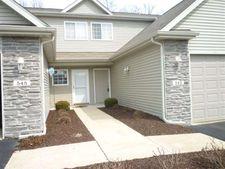 545 Mill Ridge Dr, Byron, IL 61010