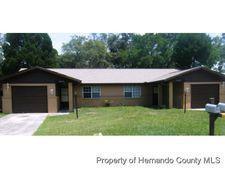 7497 Mead Dr, Spring Hill, FL 34606