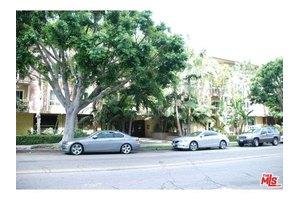 1242 S Barrington Ave Apt 204, Los Angeles, CA 90025