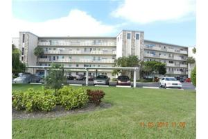 4440 Ironwood Cir Apt 101, Bradenton, FL 34209