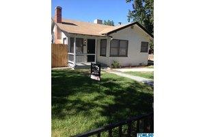1240 W Kern Ave, Tulare, CA 93274