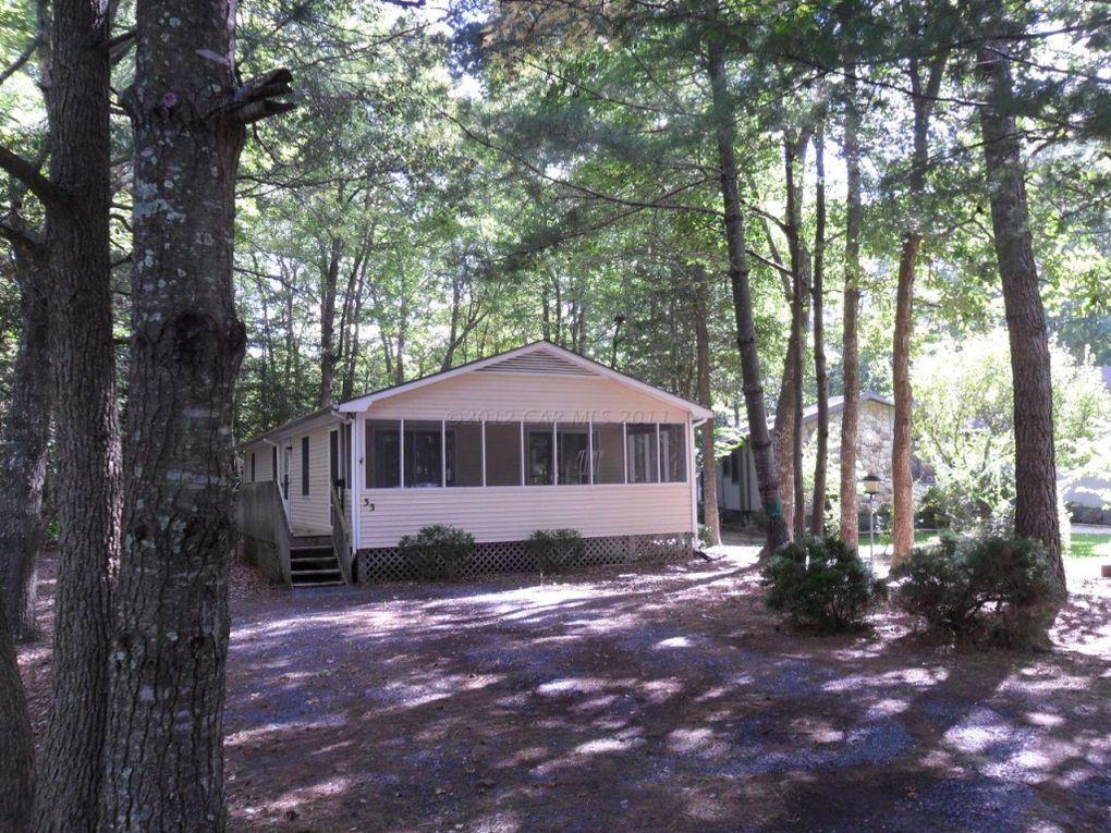 33 Greenwood Ln, Ocean Pines, MD 21811