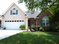 113 Brooks Edge Dr, Winston Salem, NC 27107
