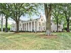 Photo of 2111 W Queens Road, Charlotte, NC 28207