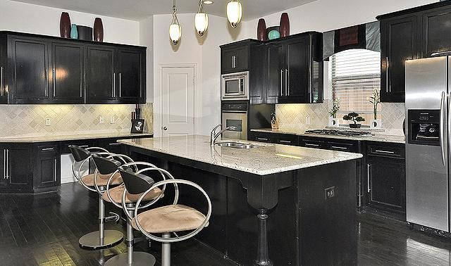 1, 2 & 3 Bed Apartments   Stonebriar of Frisco