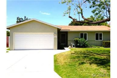 11611 Stephanie Ln, Garden Grove, CA