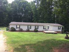 220 Stone Fox Rd, Summerfield, NC 27358