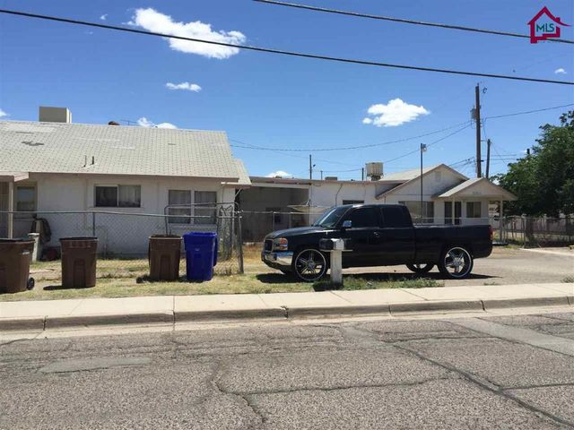 620 second st las cruces nm 88005 home for sale and for Home builders in las cruces nm