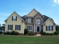 226 Sterling Lakes Dr, Gaffney, SC 29341