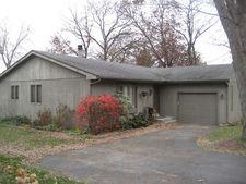 1720 Nish Rd, Crystal Lake, IL 60012