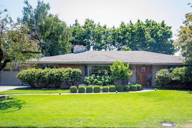4406 uplands way yakima wa 98908 home for sale and