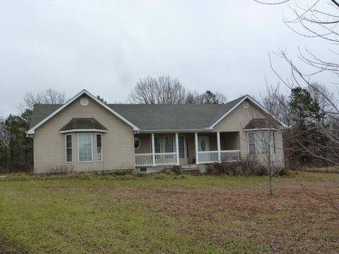 685 Casto Knepp Rd, Jamestown, TN 38556