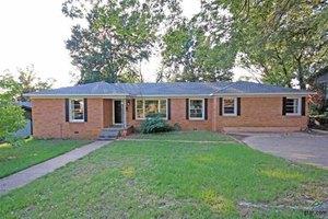 2823 Bateman Ave, Tyler, TX 75701