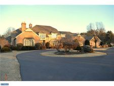 2007 Saucon Valley Rd, Bethlehem, PA 18015