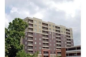 1735 Lake Ave Apt 406, Knoxville, TN 37916