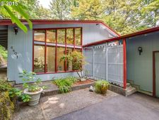 6401 Nw Winston Dr, Portland, OR 97210