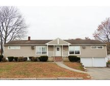 20 Crestshire Dr Unit B, Lawrence, MA 01843
