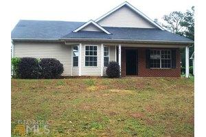 9372 Thomas Rd, Jonesboro, GA 30238