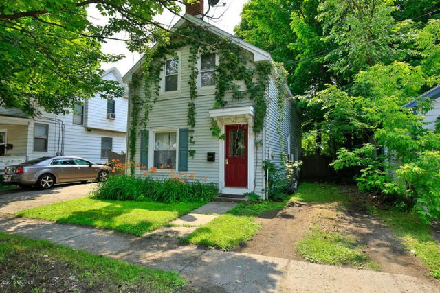 29 lawrence st glens falls ny 12801 home for sale and