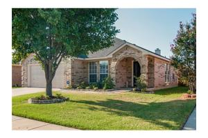 9090 Rushing River Dr, Fort Worth, TX 76118
