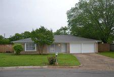 6516 Massey Ct, North Richland Hills, TX 76182