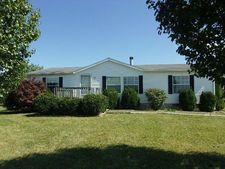 7022 Lake Ridge Dr, Maysville, KY 41056