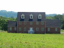 897 Amish School Rd, Herndon, PA 17830