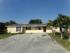 415 Se 2Nd St, South Bay, FL 33493