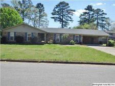 517 Country Club Rd, Sylacauga, AL 35150