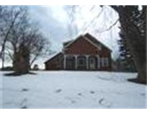 219 Ramshorn Rd, Dudley, MA 01571
